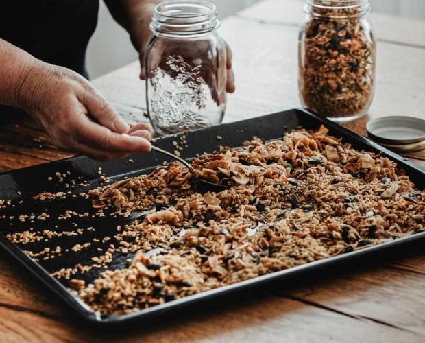 Vegan Granola Receipe - The Good Snack Company - Healthy Snacks